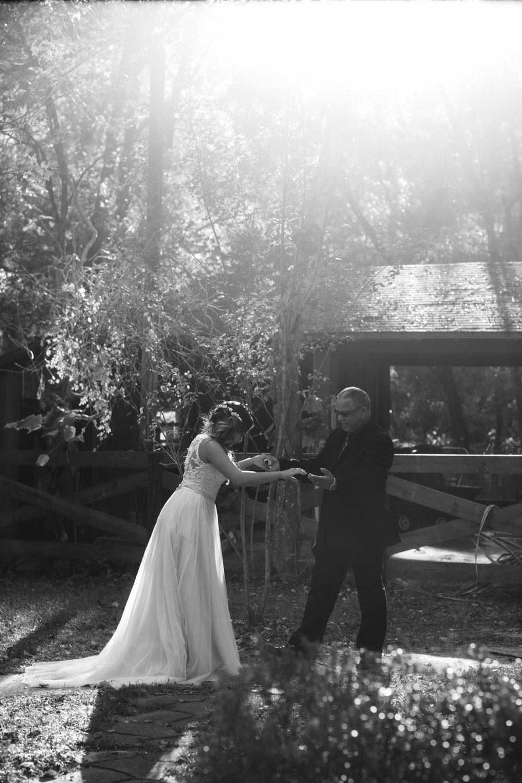 Wedding Day | Bridle Oaks Barn | Vanessa Boy Photography | vanessaboy.com-187.com final gallery.jpg