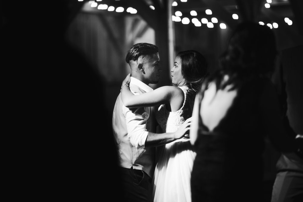 Wedding Day | Bridle Oaks Barn | Vanessa Boy Photography | vanessaboy.com-820.com final gallery.jpg