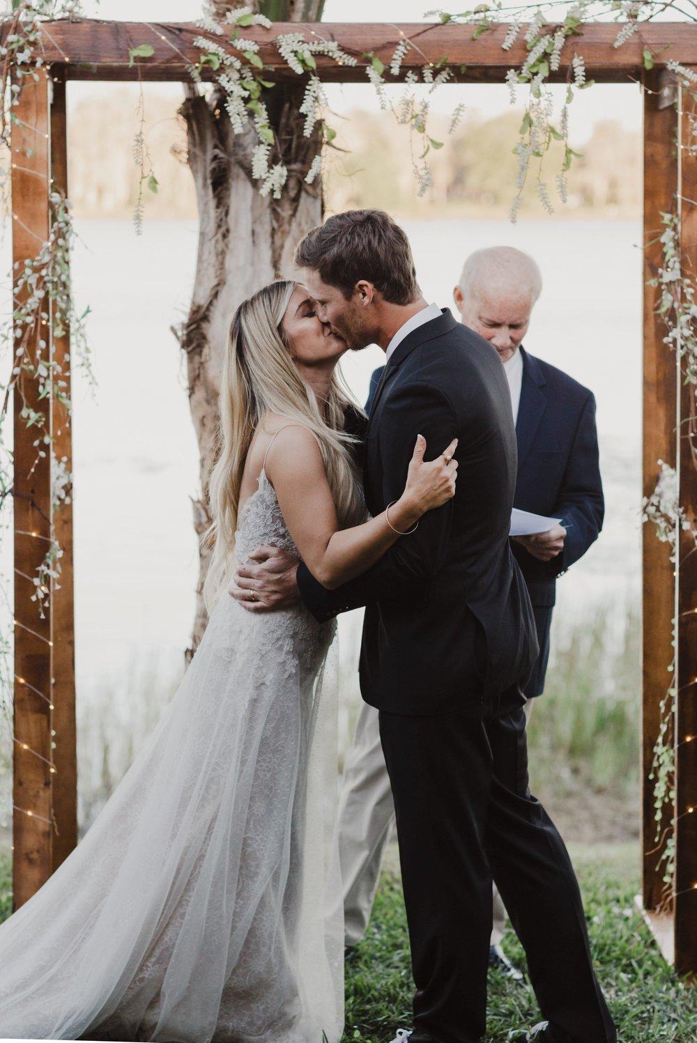 Metese and Beau | Backyard wedding | Lake Jessamine | Oralndo florida | wedding | Vanessa Boy (114 of 26).jpg