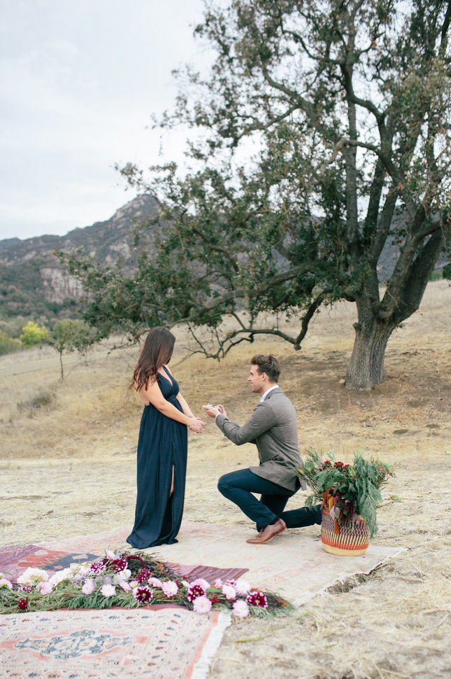 the-design-hunters-floral-hunters-suprise-engagement-13
