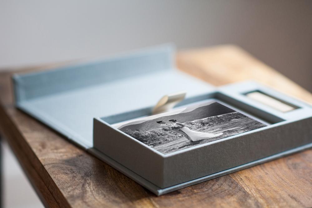 DawnMGibsonPhotography-LinenBox-4b.jpg