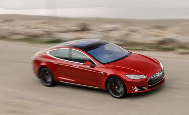2015 Tesla Model S P85D.jpg