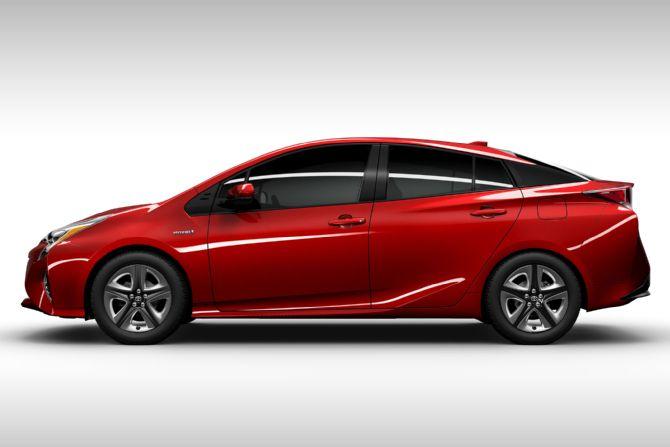 2016 Toyota Prius.jpg
