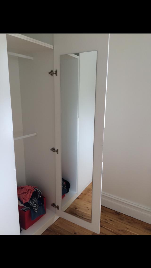mirror inside hinged polyurethane wardrobe.PNG