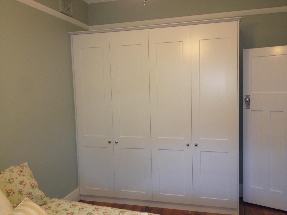 shaker style doors in white satin polyurethane.JPG