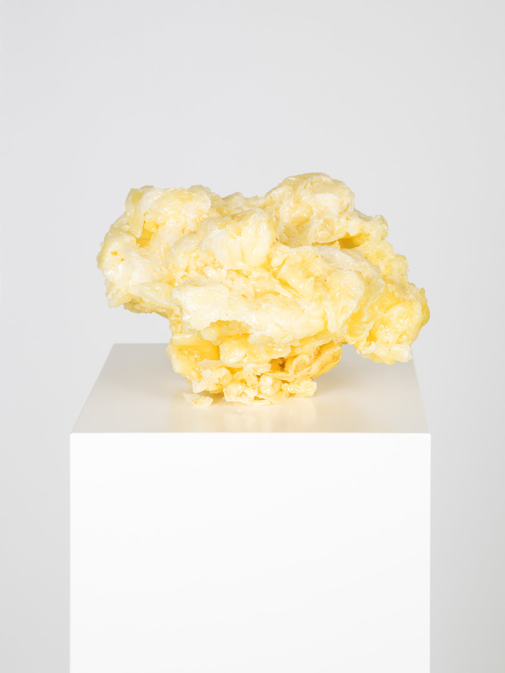 Im Atelier gefundenes Objekt , 2006/2013  Wax and curcuma  Sculpture: 13 × 20 × 20 cm (5 ⅛ × 7 ⅞ × 7 ⅞ inches)  Pedestal: 120 × 20 × 20 cm