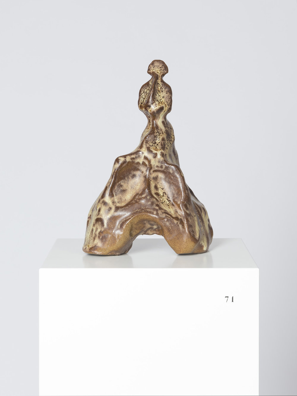 Sanupäerkopf , ca. 400 v. Chr.  glazed ceramic  21 × 13 × 9 cm
