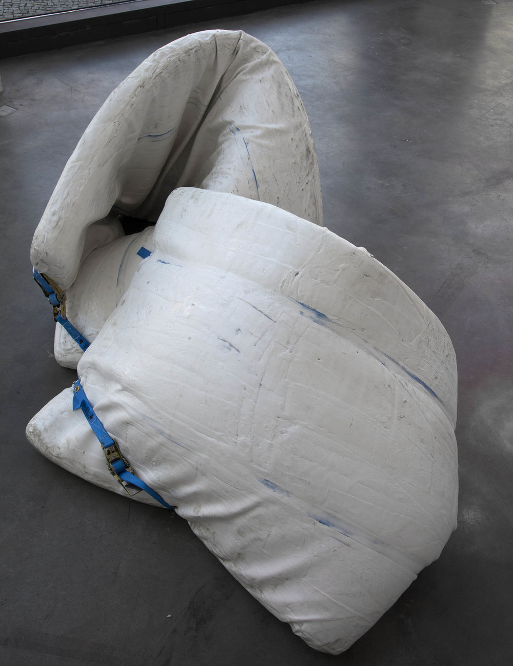 Dispositionen , 2015  acrylic, tension belts and mattress  77 × 150 × 90 cm