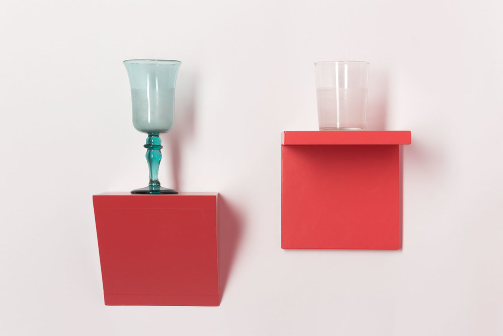 Zwei Gläser , 2013  glasses, wood, water, acrylic  34 × 40 cm