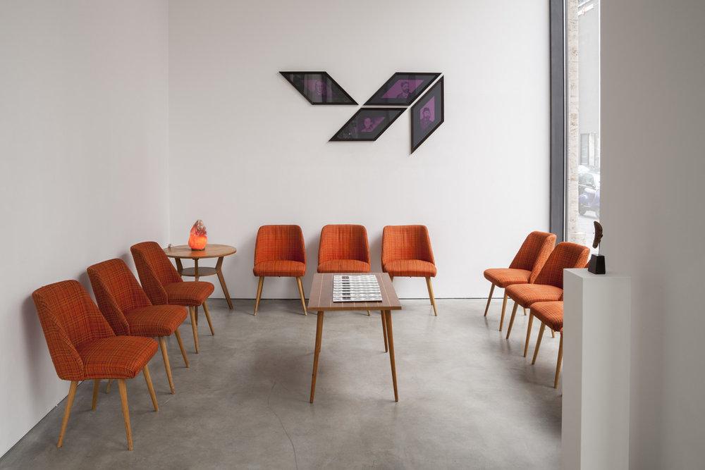 Wartezimmer   Installation View  Galerie Thomas Schulte, Berlin, 2013