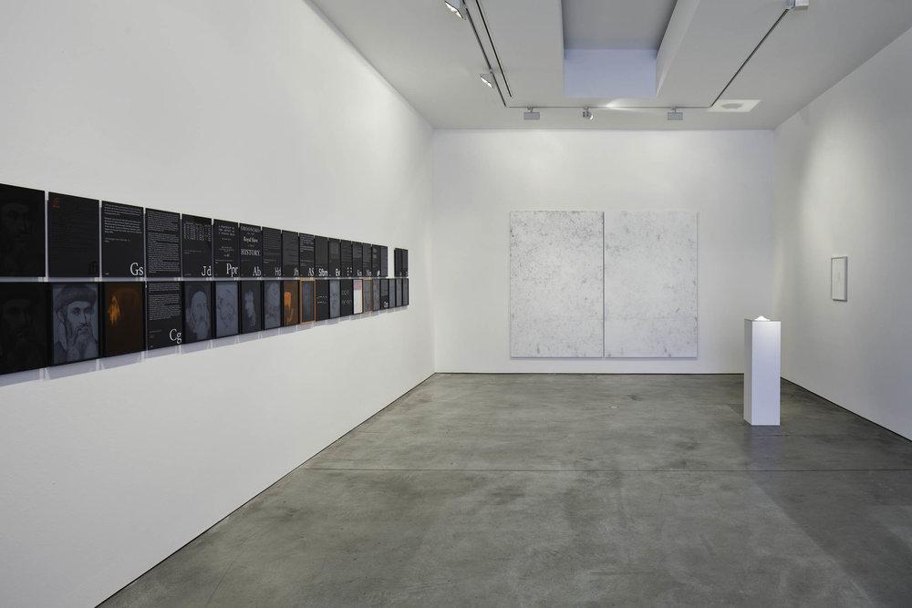 MM_Das Scheitern der Oberflaeche_Galerie Thomas Schulte, 2011_Installation View_1_Sergio Belincho.jpg