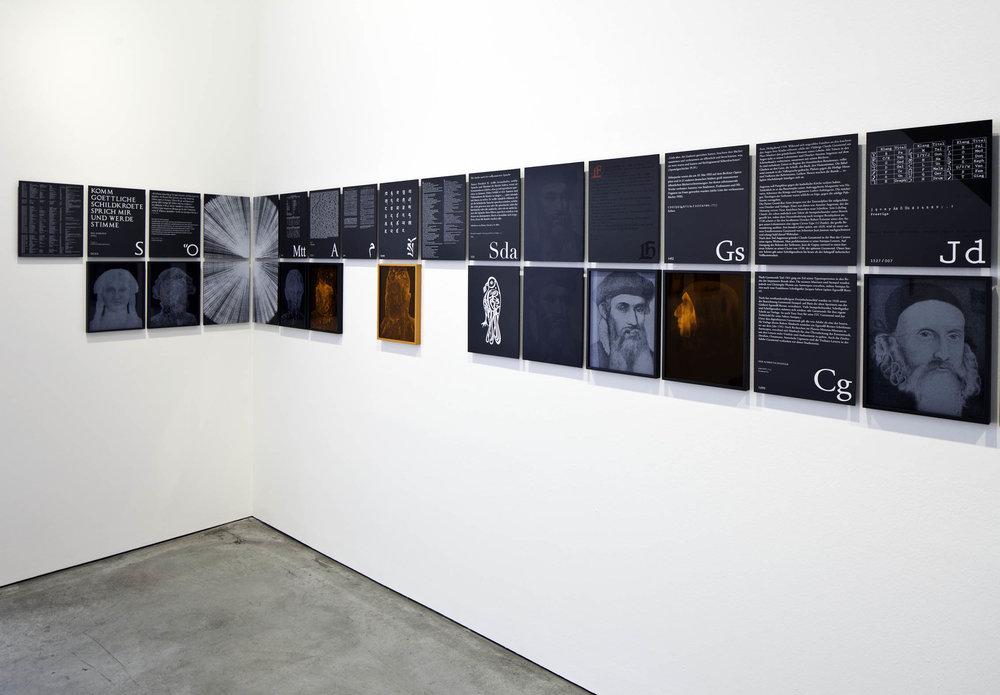 MM_Das Scheitern der Oberflaeche_Galerie Thomas Schulte, 2011_Installation View_8_Sergio Belincho.jpg