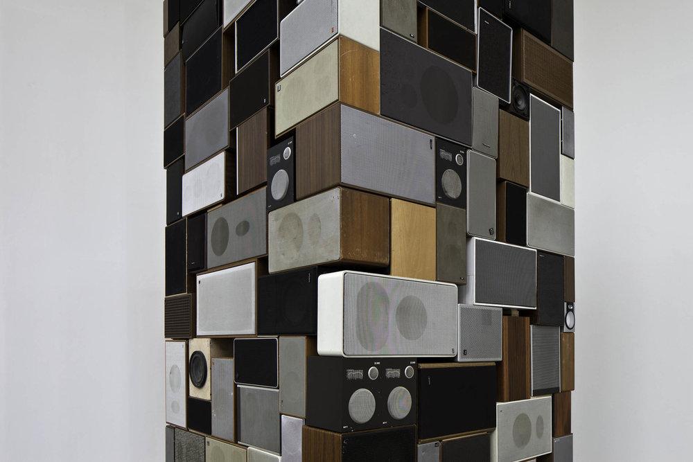 MM_Das Scheitern der Oberflaeche_Galerie Thomas Schulte, 2011_Installation View_15_Sergio Belinch.jpg