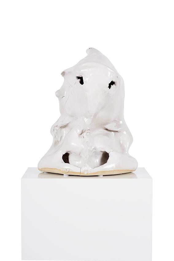 Geist , 2017  (Die Anderen)  ceramic  43 × 27 × 35 cm
