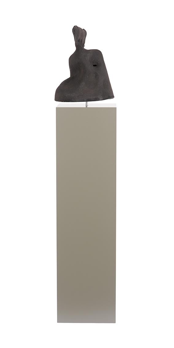 T-Träger , 2017  ceramic  41 x 33 x 30 cm