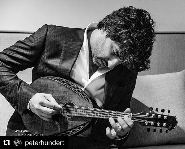 #Repost @peterhundert with @get_repost ・・・ Mandolinism! 😍 Sneaking into @aviavital 's dressing room during his warmup #elbphilharmonie #hamburg  @elbphilharmonie @theknightsnyc @ejacobsenmusic @proartehamburg