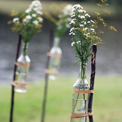 Bottle-vase-on-sticks.jpg