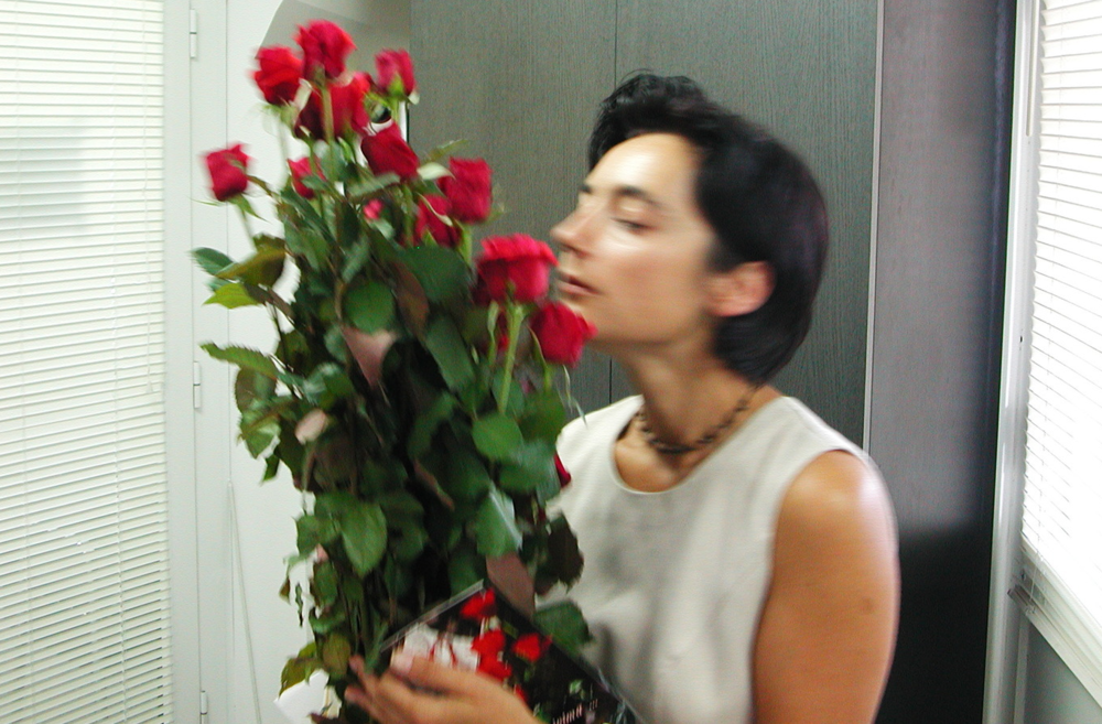 Én és a31 szál, hosszú utat megtett vörös rózsa...