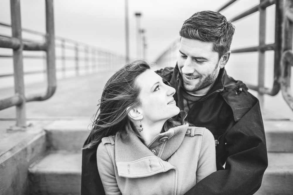 Cleveland engagement photographer | Edgewater park