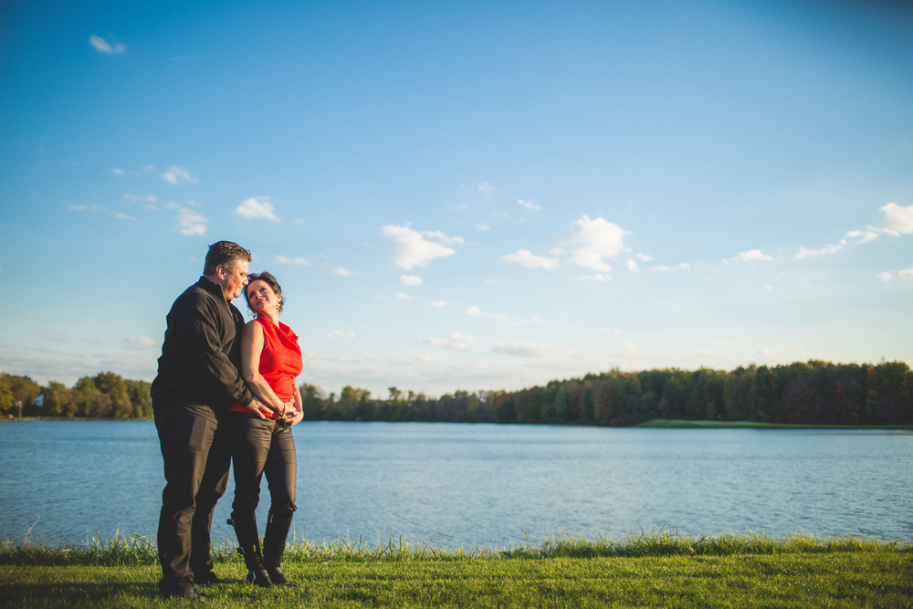 Engagement session at lake forest country club | Cleveland Wedding photographer