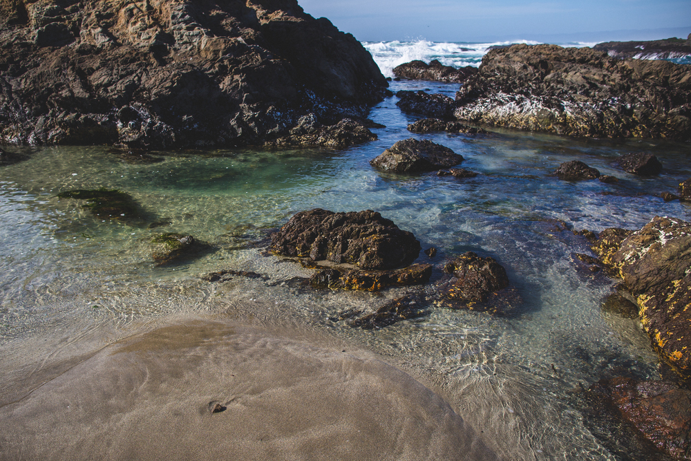 northern california road trip fort bragg glass beach sea glass