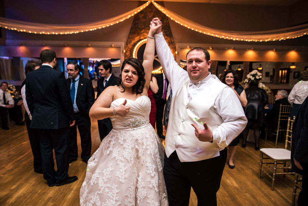 Wedding at Springvale Golf Course in North Olmsted Ohio | Denise + Ryan