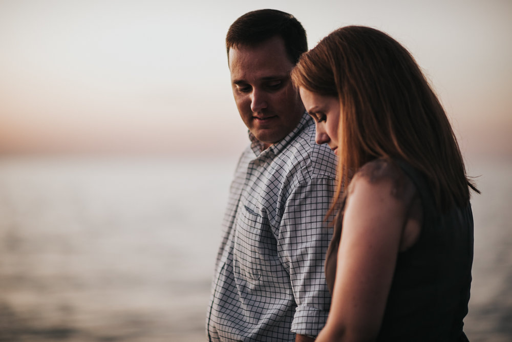 edgewater beach engagement session - cleveland ohio