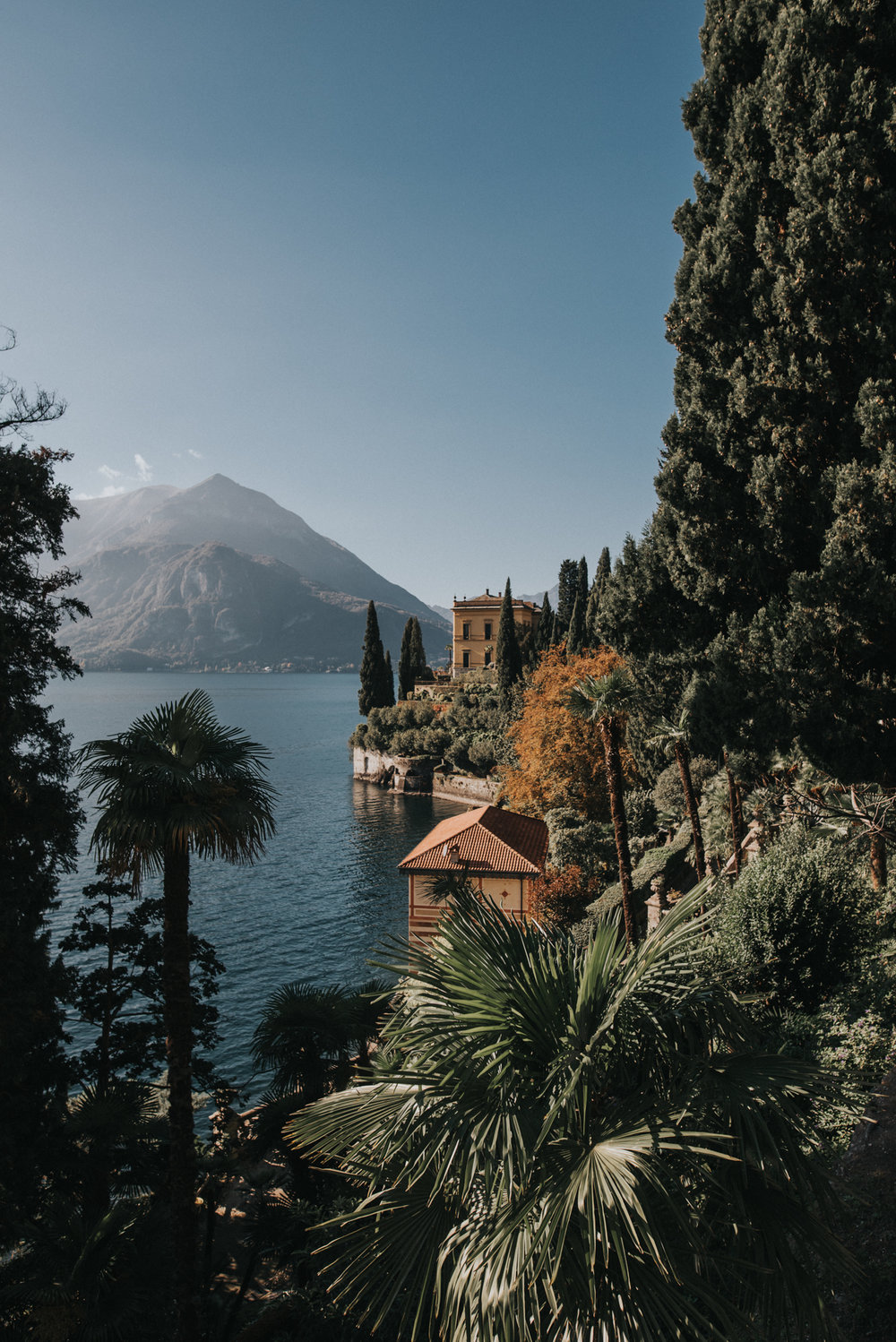 lake como travel photography