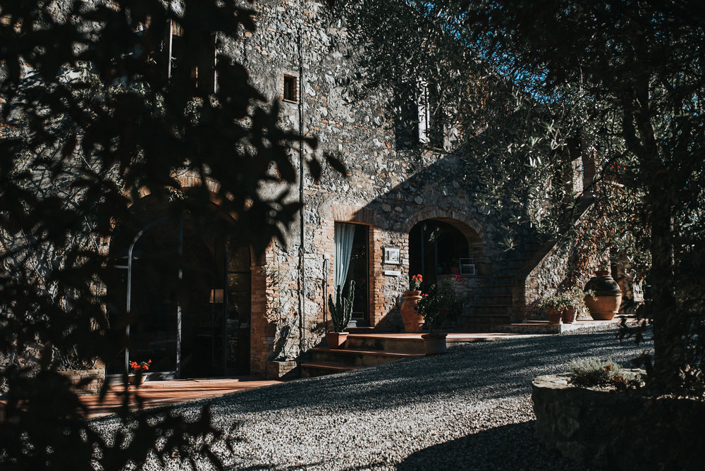 San Gimignano Italy Traveling wedding photographers