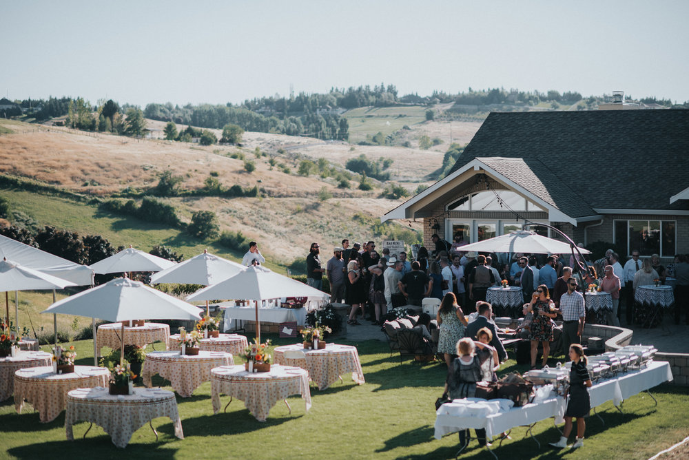 Backyard Wedding in Yakima Washington | Andrea & Mitch
