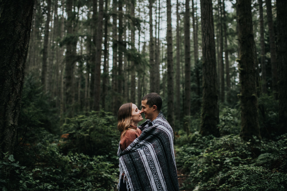 Engagement at Fay Bainbridge Park on Bainbridge Island WA | Nicole & Max