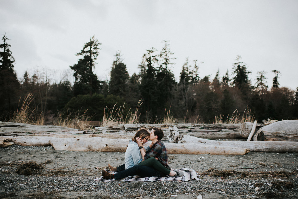 Bainbridge Island Engagement Session at Grand Forest and Fay Bainbridge Park