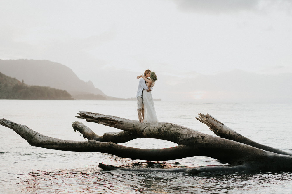 Kauai Hawaii Elopement Photographer Princeville Kauai57.JPG