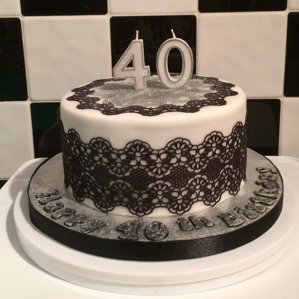 Black Lace 40 Cake.png