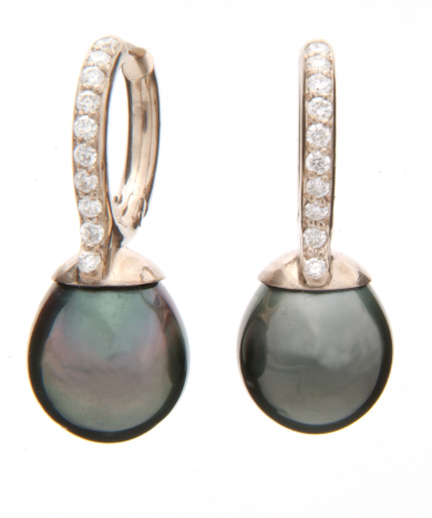 Diamonds & black Thaitian pearl earrings