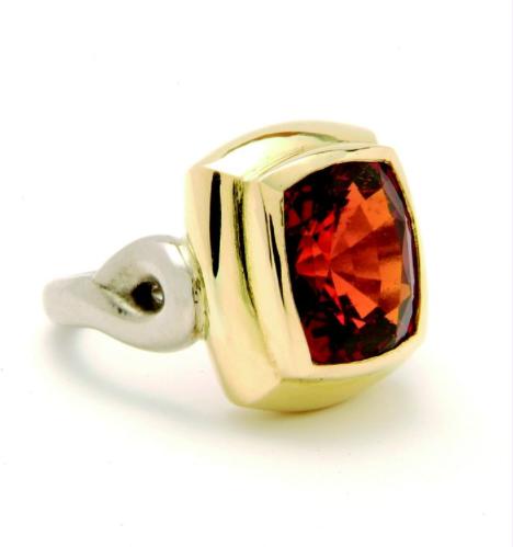 Rectangular hessonite garnet ring