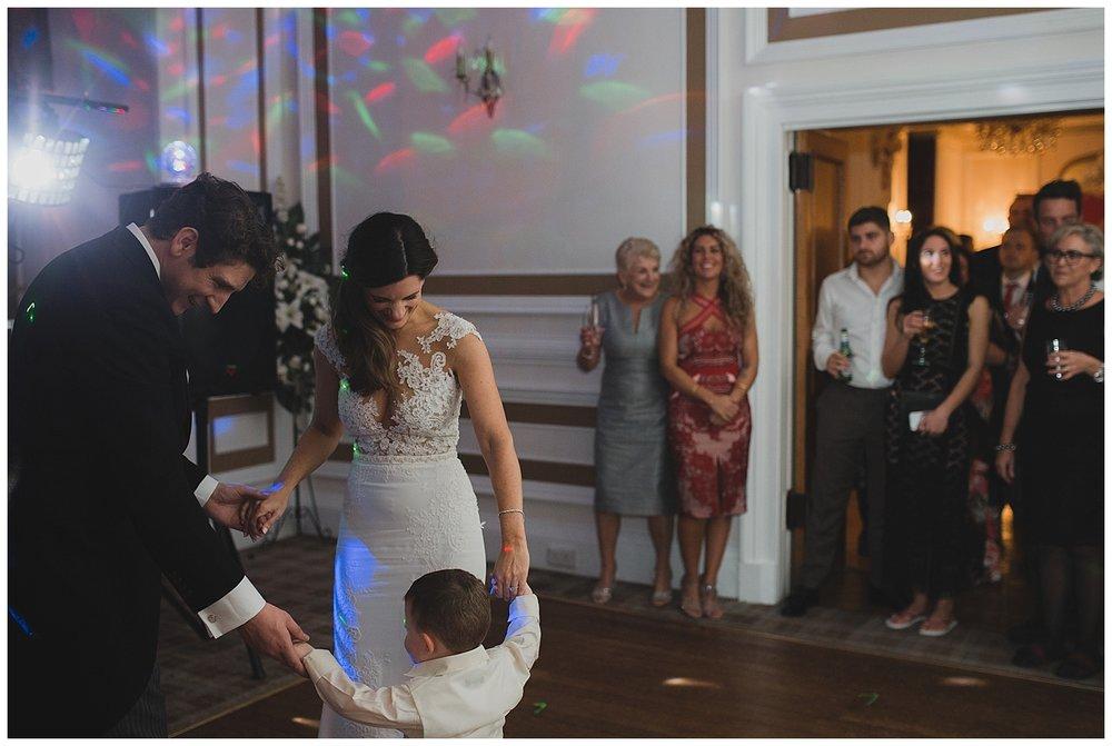 auchen-castle-wedding-photography-182.jpg