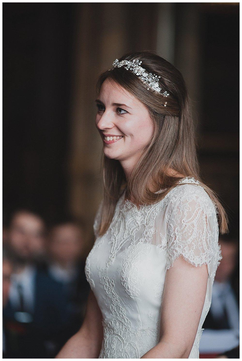 Bride in lace and a diamante tiara.
