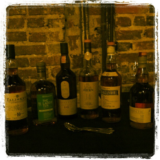 Tonight's lineup @918Fstreet #singlemalt (Taken with  Instagram )