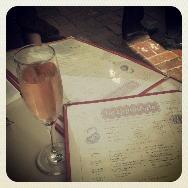 Perfect day for a bubbly rose! (at Le Diplomate)