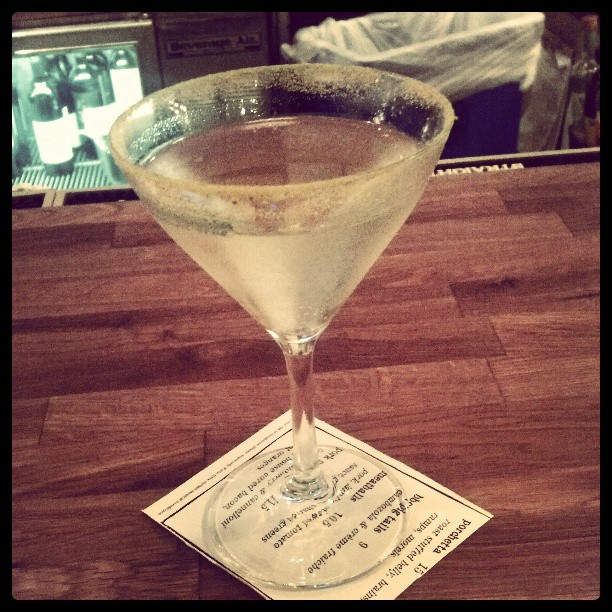 Miss Piggy- cold river gin, sparkling wine, lavender tincture, citrus dust #GmGapproved