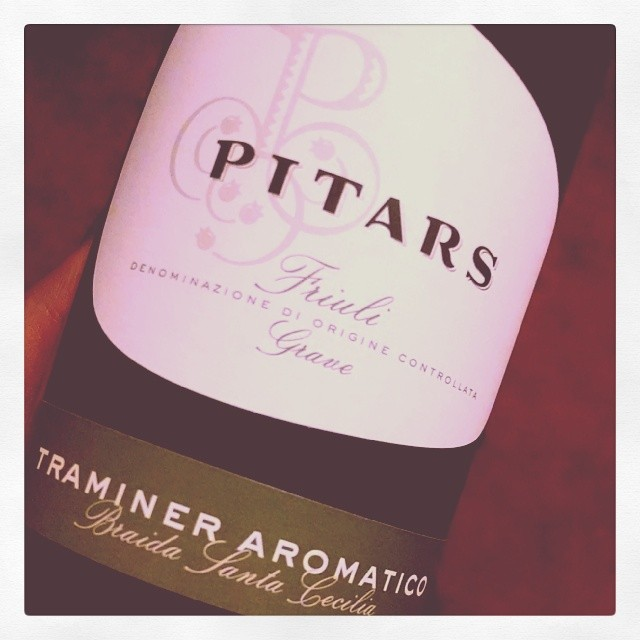 Popped the cork on a bottle I got when I was in Fruili earlier this year. The tour guide called himself Brad Pitaro… Pitars Traminer Aromatico. Very aromatic with peach and apricot on the palate. Nice bright acidity. Pair with cheese or fish #wine #winetasting #Friuli #Italianwine