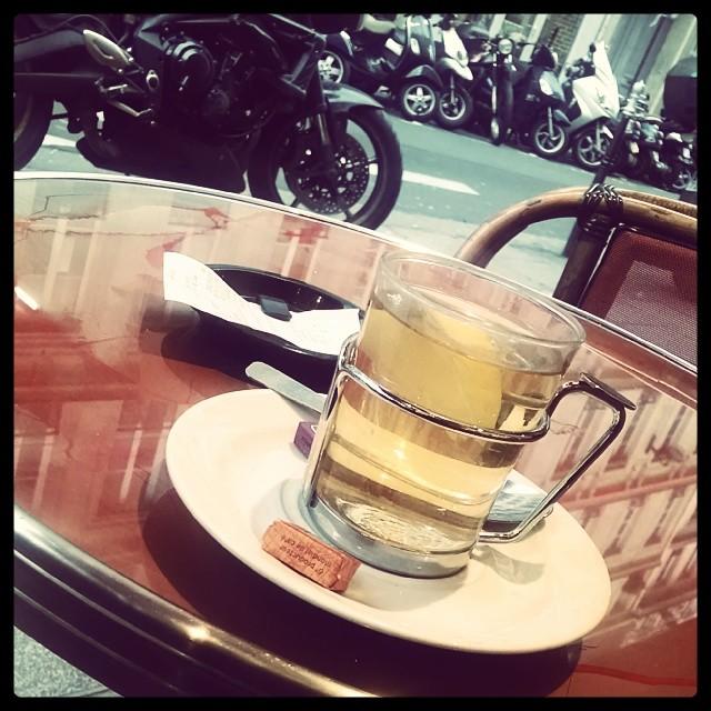 Grog au Rhum #colddayhotdrink #cafelife #hadtopointtomydrink  (at Le Celtic)