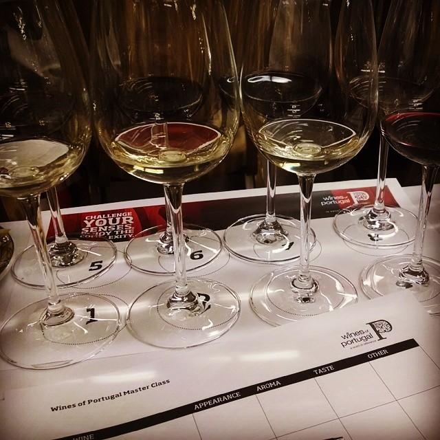 Blind tasting #WinesofPortugal #challengeyoursenses #ILoveMyJob
