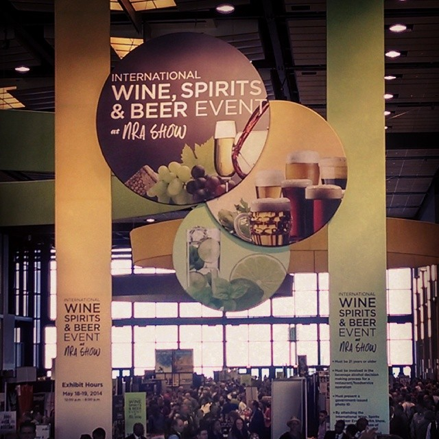 Just a Sunday afternoon. Doing what I do. #winetasting #winelover #cocktails #IWSB  (at Mccormick Place, Illinois)