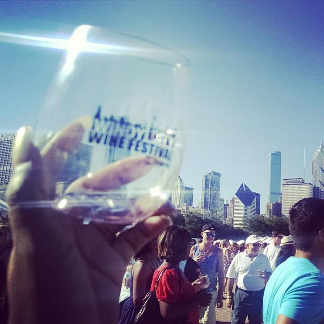 Windy City Wine Festival #summernotover #summertimeChi #wine #winetasting #winelifestyle #daydrinking (at Buckingham Fountain)
