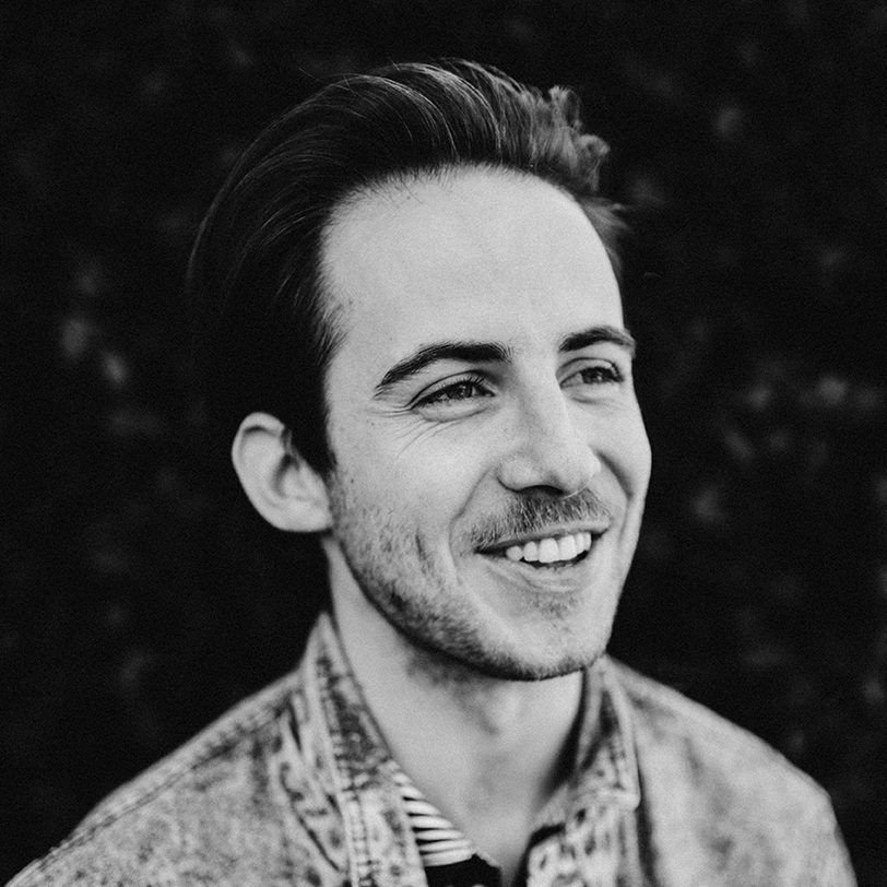 Logan Riley Carroll : Fiction Editor