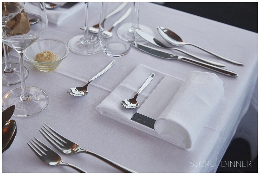 _K6A7758 1_Secret_Dinner_Luftschloss_1.jpg