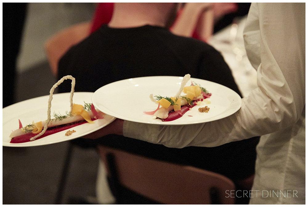 _K6A7540_Secret_Dinner_Leerstand_Schrift_158.jpg