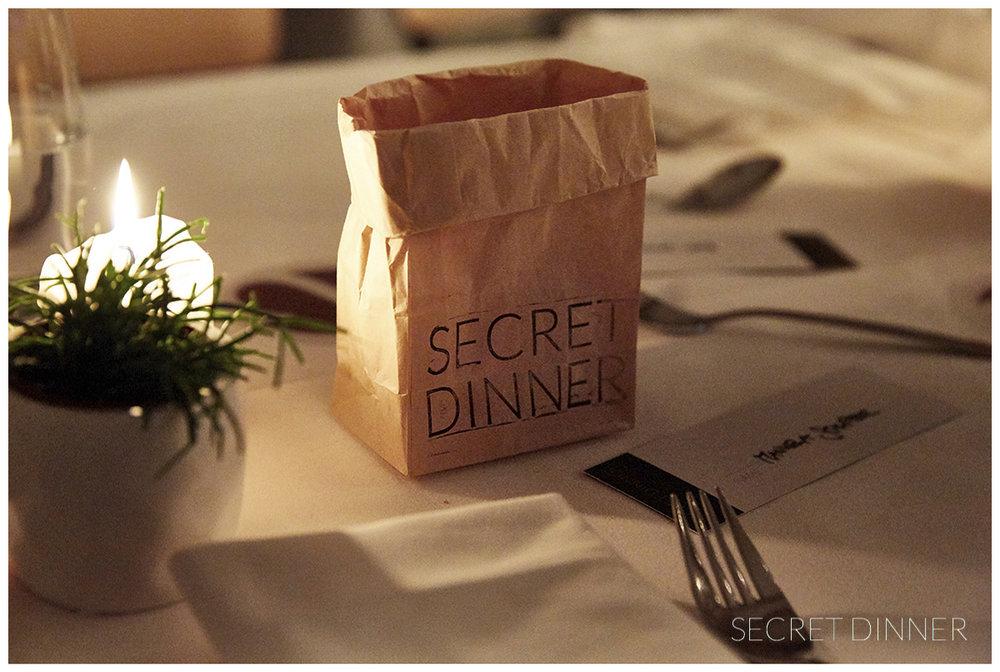 _K6A7645_Secret_Dinner_Leerstand_Schrift_173.jpg